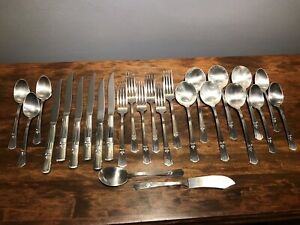 Wm Rogers Silver Plate Sovereign 1939 Art Deco 26 Piece Luncheon Set For 6