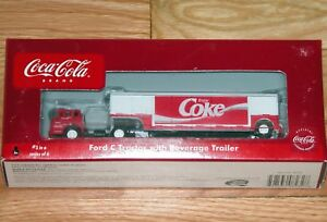 ATHEARN 8232 COCA COLA TRAIN COLLECTION FORD C TRACTOR WITH BEVERAGE TRAILER # 3