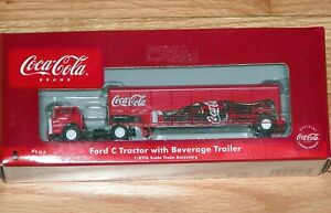 ATHEARN 8233 COCA COLA TRAIN COLLECTION FORD C TRACTOR WITH BEVERAGE TRAILER # 4