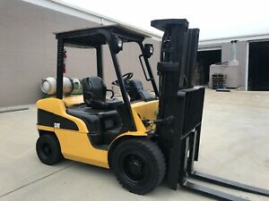 Hyster Pneumatic Forklift 6000lbs 3 Stage Side Shift H60xm