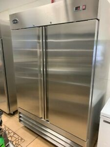 Saba 55 Cubic Ft Reach In Refrigerator Barely Used Only 3 Months Old In Great