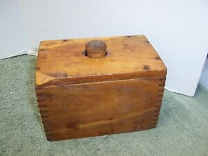 Early Primitive Butter Mold Box Joint Construction Wooden Stamp With Design