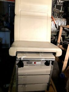 Used Ritter 104 Exam Table