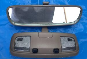 93 02 Toyota 4runner Tacoma Rearview Mirror With Map Lights Oem