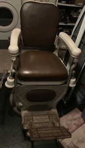 1920 To 1930 S Theo A Kochs Vintage Barber Chair