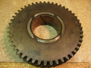 Oliver Super 55 550 Tractor 1e1024 Transmission Gear White 2 44