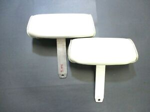 1994 1998 Mustang Convertible Front Bucket Seat Headrest Pair White