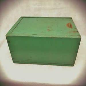 Antique Vt Slide Candle Box In Green Apple Paint With Nice Old Square Nails