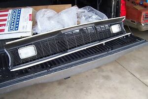1970 1971 Plymouth Duster Grille Damaged N R Or Parts