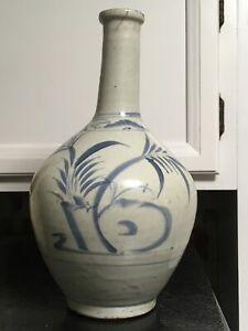 Antique 18 19 Century Korean Pottery Stoneware Oil Bottle Painted Underglze Blue