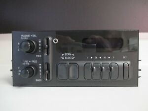 2002 Chevy Silverado Am fm Delco Radio With Aux Input 15769264