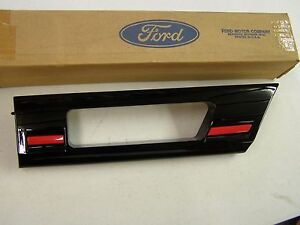 Nos Oem Ford 1987 1988 Thunderbird Fender Moulding Trim Turbo Coupe Lh Front Lt