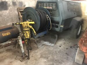 Ingersoll Rand 100cfm Dsl Tow Behind Air Compressor With Breaker