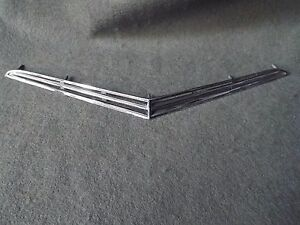 Hood Scoop Grill 1961 1962 1963 Ford Thunderbird T bird Tbird 61 62 63 Ornament