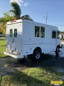 2002 Workhorse Food Truck For Sale In Florida