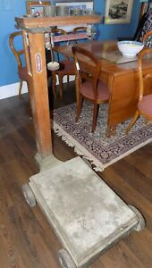 Antique Howe Feed Store Platform Scale