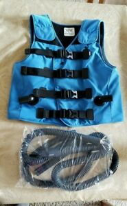 Hill rom The Vest Airway Clearance System Vest Adult Medium W Hoses Ex cond