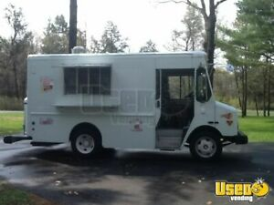 2003 Workhorse Mobile Kitchen Food Truck For Sale In Wisconsin