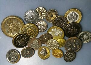 Lot 22 19th C Antique Victorian Mixed Metal Flower Buttons Tints Cut Steels