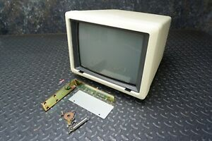B w Crt Monitor For Ge Rt3200 Advantage Ii Ultrasound Station Used