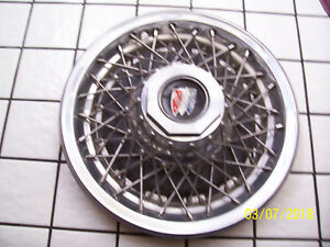 Vintage 1980 S Buick 15 Wire Hubcap Wheel Cover