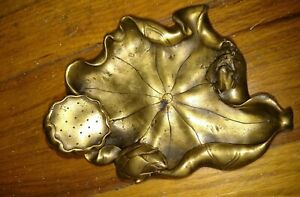 Nice Antique Japanese Bronze Meiji Era Bowl Tray With Frog And Lotus Sculpture