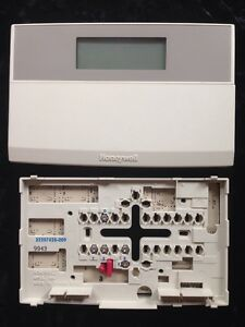 T7200e 2005 Honeywell Programmable Thermostat W subbase 1 Heat 1 Cool Heat Pump