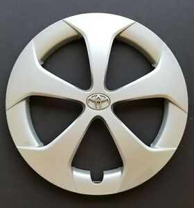 One Wheel Cover Hubcap 2012 2015 Toyota Prius 15 Silver 61167 Used
