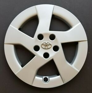 One Wheel Cover Hubcap 2010 2011 Toyota Prius 15 Oem Silver 61156 Used