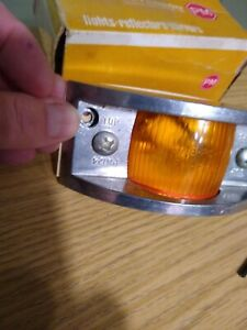 Vintage Peterson Pm124 Amber Clearance Side Marker Running Light Sae pc 70