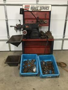 Ammco 7500 Brake Lathe For Rotors W Large Set Of Adapters 6950 Gm 4000