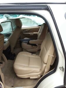 2014 Cadillac Escalade Front Seats Driver And Passenger