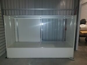 Display Case Retail Counter