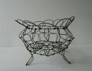 Antique Primitive Early 1900 S Old Wire Collapsible Footed Egg Basket