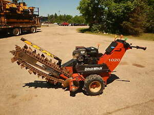 Ditch Witch 1020 Walk Behind Trencher honda Gas Motor