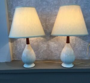 Pair Vtg Mid Century Danish Modern Teak Wood White Ceramic Table Lamps Leviton