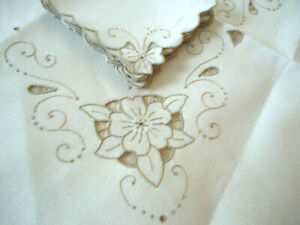 Elegant Vintage Linen Embroidered Luncheon Set Tablecloth Napkins Scallopped