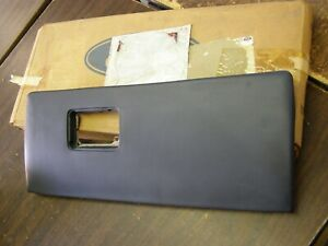 Nos Oem Ford 1983 1988 Thunderbird Cougar Glove Box Door 1984 1985 1986 1987