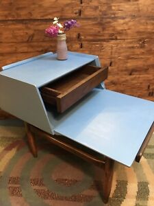 Mid Century Modern 2 Tiered End Table Side Table With Drawer