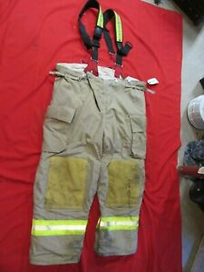 2008 Quest Mens 52 X 31 Pants Suspenders Firefighter Turnout Thermal Liner