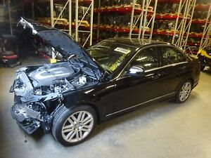 Manual Transmission Out Of A 2008 Mercedes C300 With 22 820 Miles