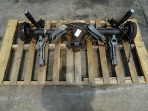 87 88 89 90 91 92 93 Ford Mustang 4 Lug 8 8 Rearend Axle Assembly 2 73 Gear 33