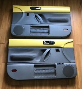 Vw Beetle 98 99 00 01 02 03 04 05 06 07 08 Door Panels Yellow Grey Cloth Nice