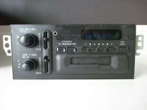 2000 Chevy Camaro Am fm Delco Radio With Aux Input Model 16255365