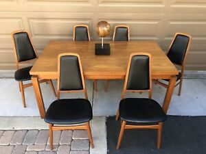 Mid Century Modern Danish Teakwood Dining Table 6 Chairs By Art Furn