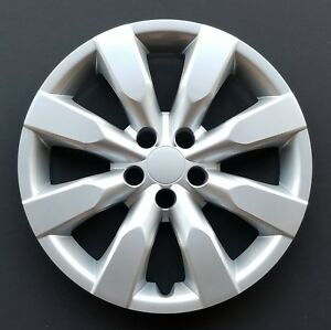 One New Wheel Cover Hubcap Fits 2014 2018 Toyota Corolla 16 Silver 8 Spoke