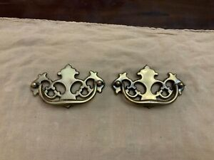 Lot 2 Vtg Aged Brass Chippendale Batwing Drawer Pulls Hardware 4 C Canada