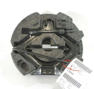 13 Ford Fusion Spare Tire Jack Kit W Foam Housing Oem