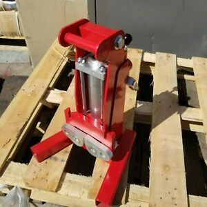 Hydraulic Sign Post Puller