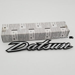 New Genuine Datsun 240z Rear Hatch Gate Badge Fairlady S30 260z Tail Emblem